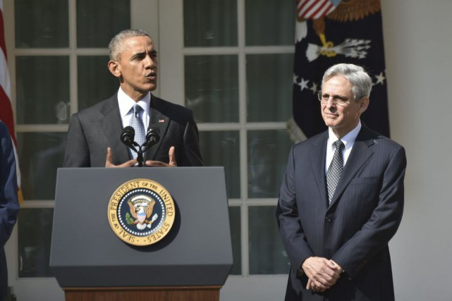 Merrick Garland aux côtés de Barack Obama lors d'une conférence de presse à la Maison Blanche