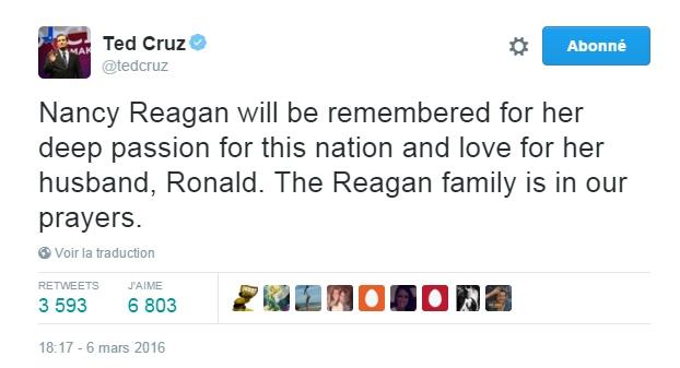 Traduction: On se souviendra de Nancy Reagan pour sa passion profonde pour cette nation et pour l'amour pour son mari, Ronald. Nous prions pour la famille Reagan.
