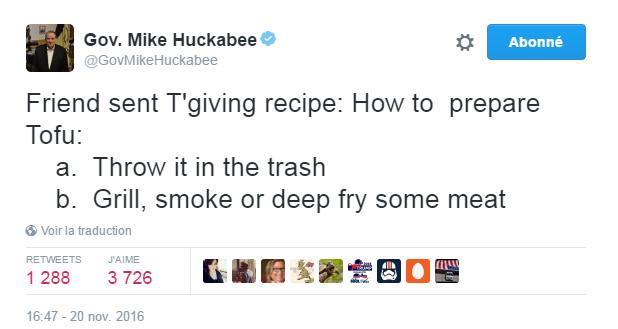 Traduction: Un ami m'a envoyé une recette pour Thanksgiving: Comment préparer du Tofu: a. Le jeter à la poubelle. b. Faire griller, fumer ou frire de la viande.
