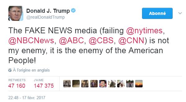 Traduction: Les médias FAKE NEWS (le New York Times en faillite, NBC News, ABC, CBS, CNN) ne sont pas mon ennemi, ils sont l'ennemi du peuple américain!